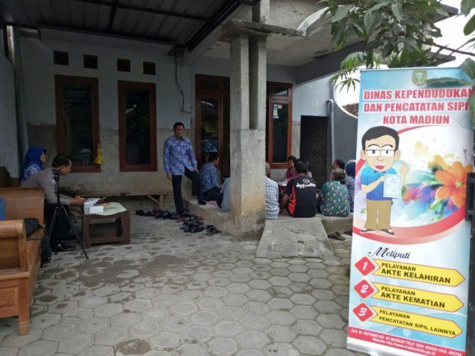 Jadwal Pelayanan Keliling Pencatatan Sipil di Kampung KB Kota Madiun